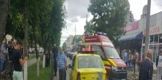 Accident rutier in Craiovita Noua. Pieton lovit de un taxi in zona unei treceri pentru pietoni