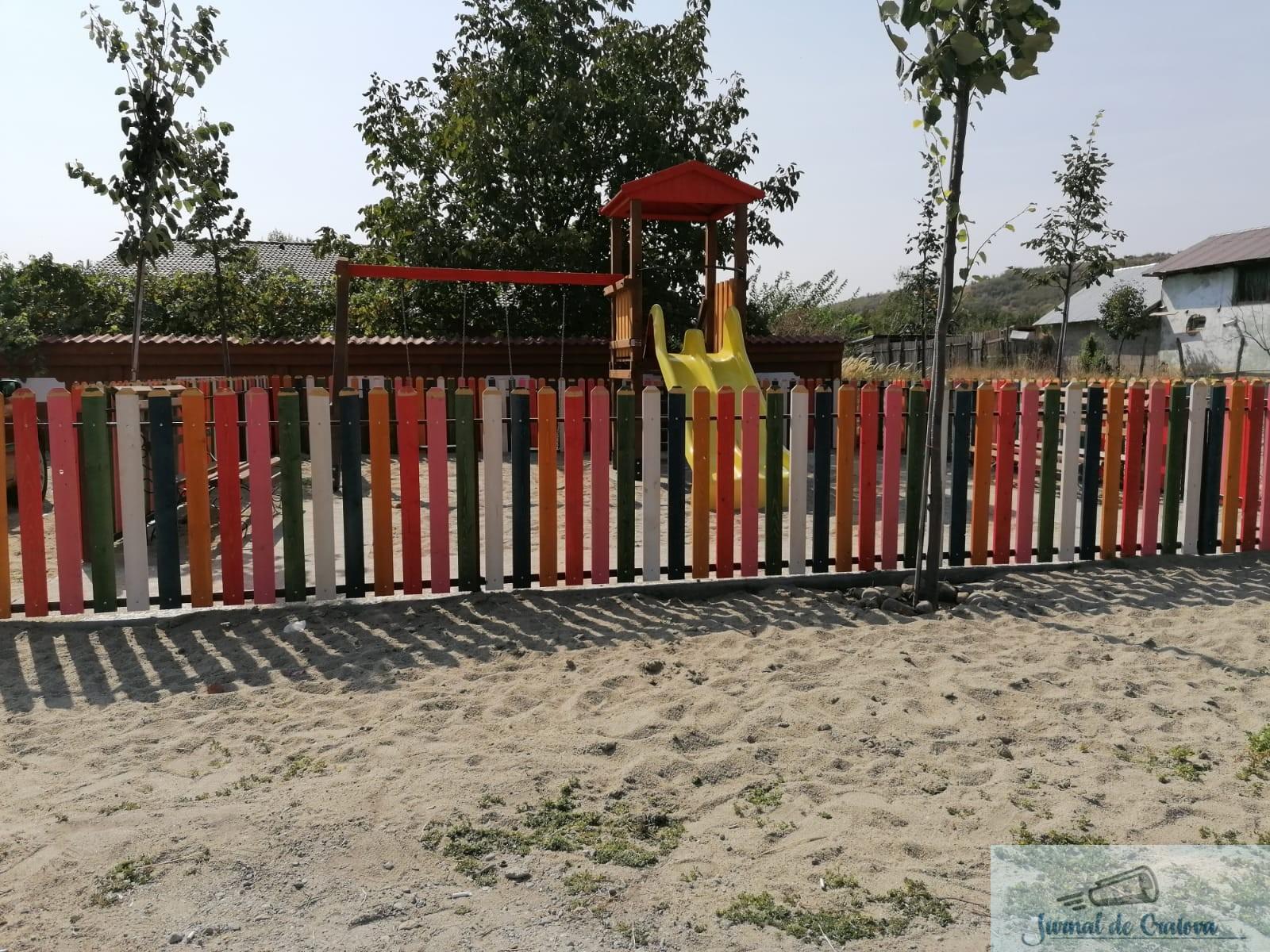 Cum arata locurile de joaca din Podari care au costat aproape 200.000 lei .. 1