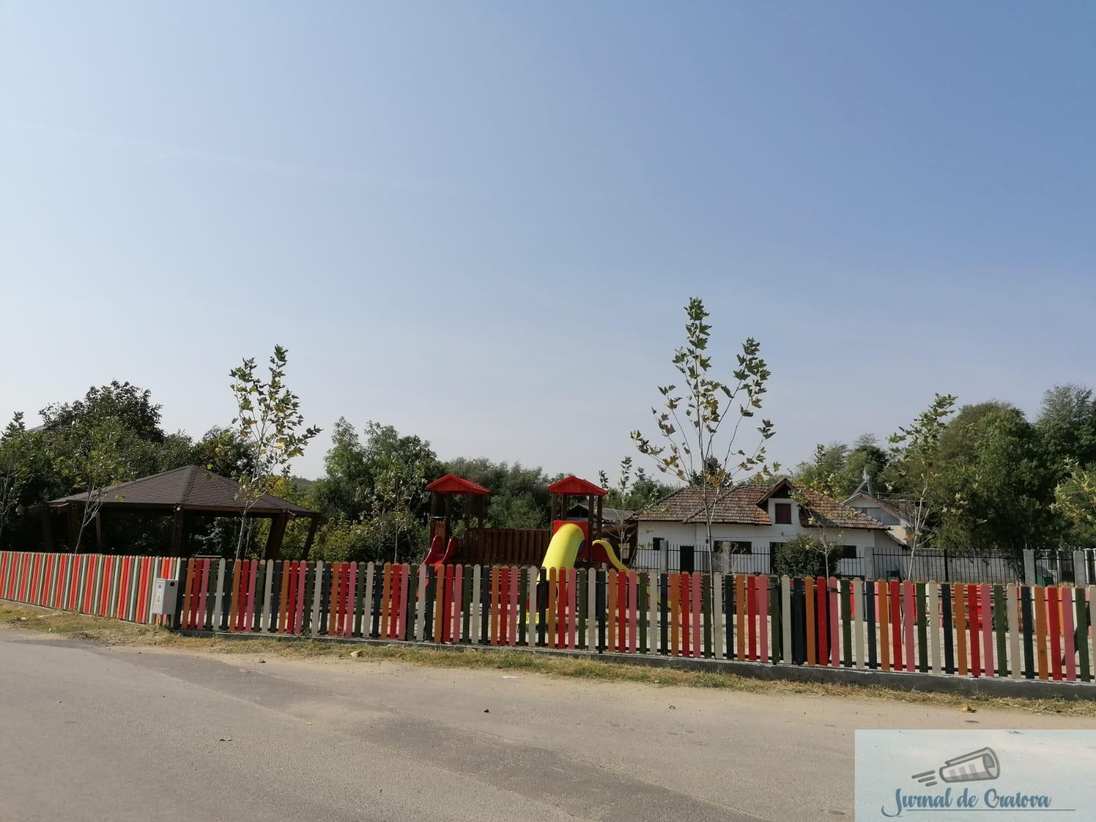 Cum arata locurile de joaca din Podari care au costat aproape 200.000 lei .. 5