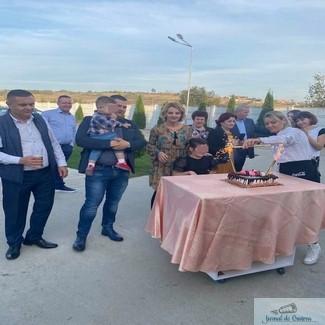 Primarul PSD din Bradesti a organizat o aniversare la restaurantul său, deși evenimentele sunt interzise din cauza ratei de infectare ridicate 2